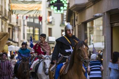 barbastro-turismo-tradicional-cuna-y-corona-01-760x507